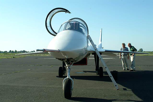 EM-10 BIELIK Dscf0044